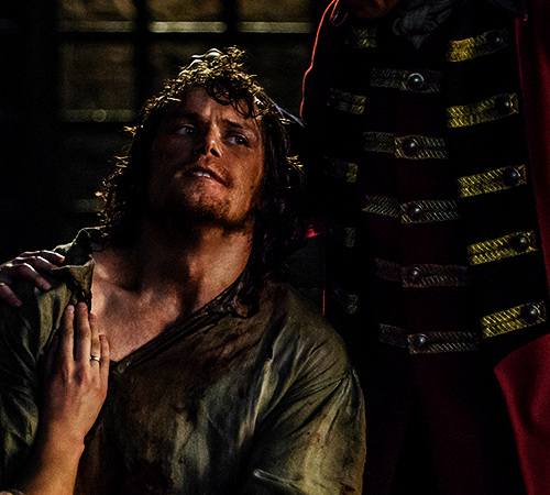 'Outlander's' Male Rape Survivor: Sam Heughan on Jamie's Controversial Scene and Season 2