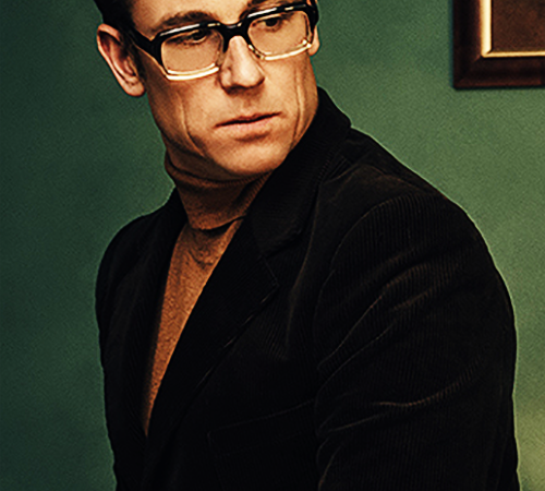 Tobias Menzies ('Outlander') deserves an Emmy nomination because 'poor Frank is overdue for some love,' say 93% of fans